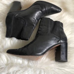 Schutz Black Leather Block Heel Chelsea Boots 9